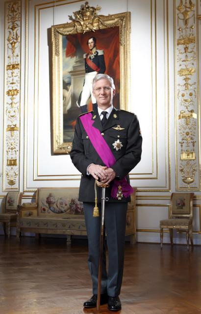 Son Altesse Royal le Roi Philippe de Belgique au Palais Royal de Bruxelles première photo officielle du Roi après sa préstation de serment.