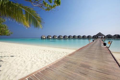 Kanuhura_1303381887-water-villa-jetty