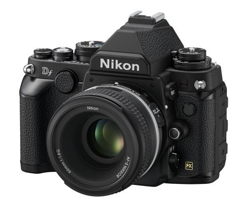 Nikon_Df_BK_50_1.8_SE_frt34l