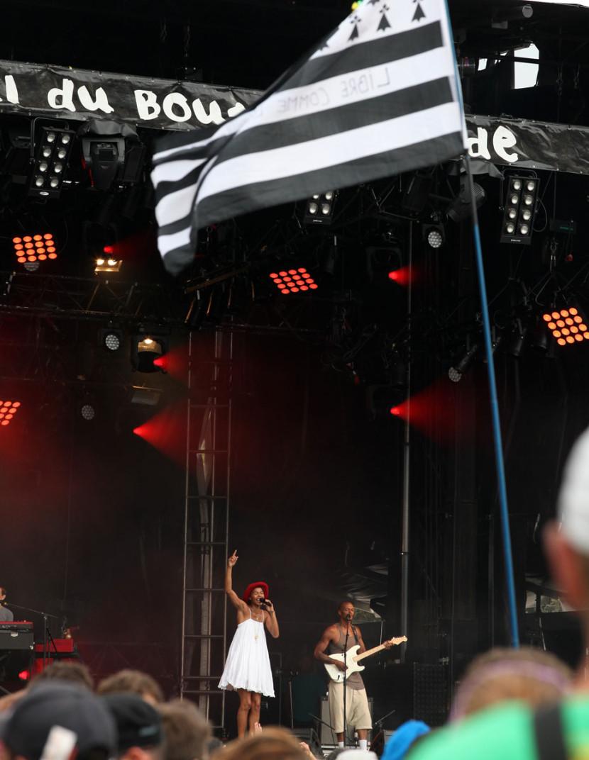 Festival_du_Bout_du_Monde_Ayo_1