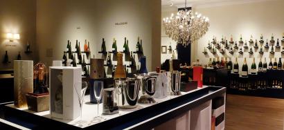Photos de la boutique de Bulles de Reims, un caviste 100% champagne à Bruxelles.