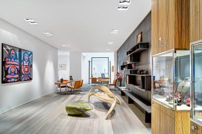 La nouvelle boutique de la Joaillerie Holemans à Bruxelles place du Grand Sablon.