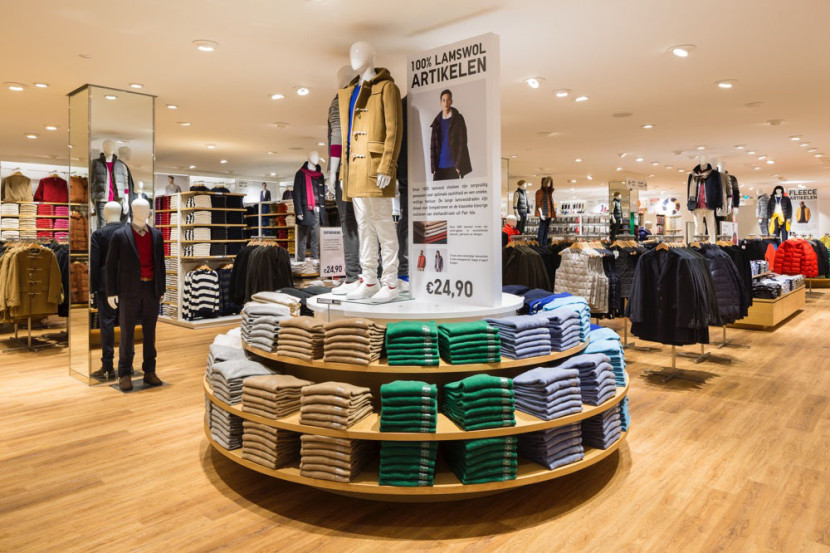 uniqlo-belgique-magasin-anvers-3