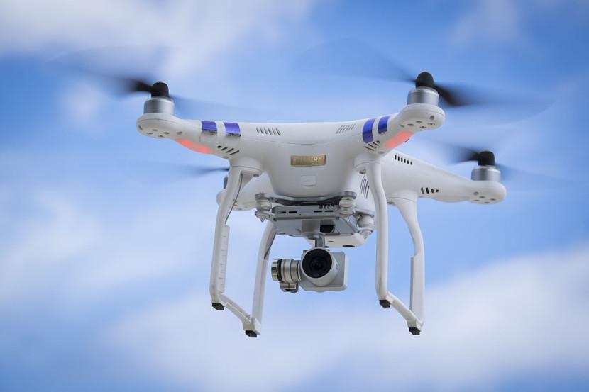 drone-dji-phantom-3-professional-7