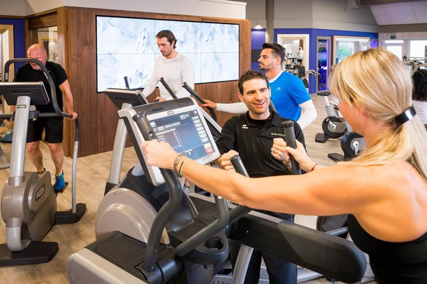 La salle de fitness et de musculation du club de sport et bien-être haut de gamme à Bruxelles l'Aspria Royal La Rasante