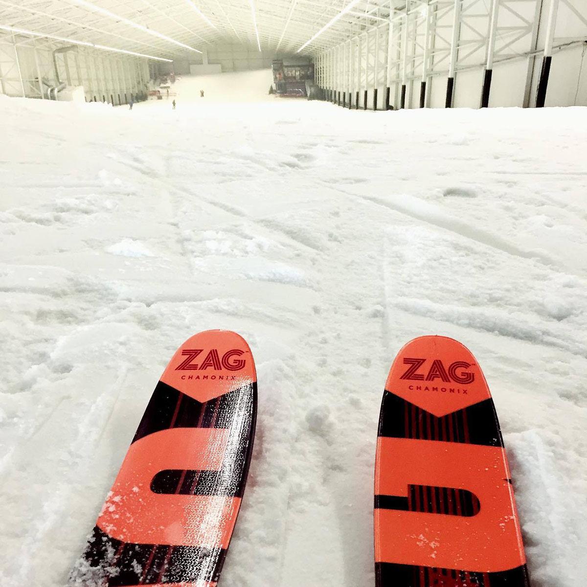 route pour arriver sur cette piste de ski et pouvoir profiter de la neige aspen est environ 30 minutes de la capitale et pour moi a change tout